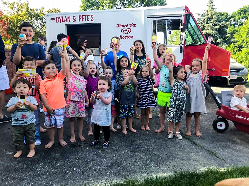 Dylan & Pete's Branded Ice Cream Truck Crowd Kids-min