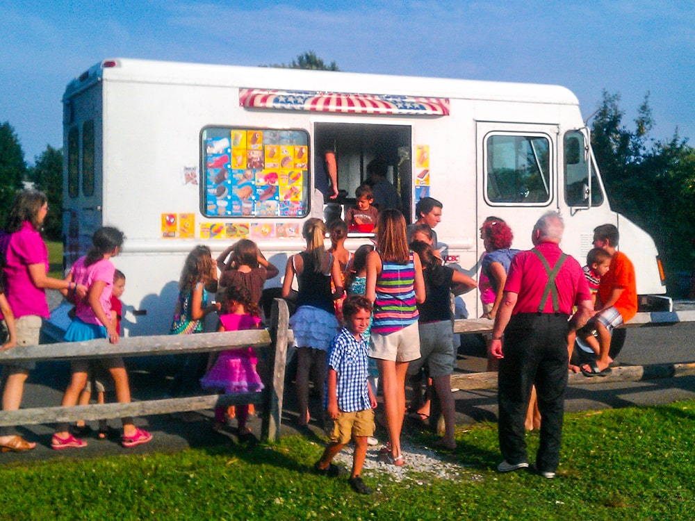 Ice Cream Truck Kids Farm-min